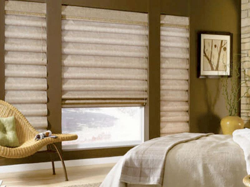rèm roman cửa sổ phòng ngủ