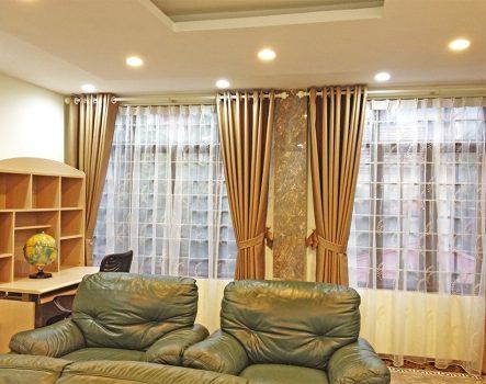 Giá rèm cửa phòng khách bao nhiêu một m2? Có những loại nào?