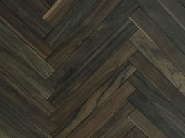 Sàn gỗ chiu liu 15x90x600mm