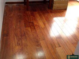 Sàn gỗ giáng hương Lào 18x120x750mm