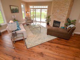 Sàn gỗ óc chó 18x120x900mm