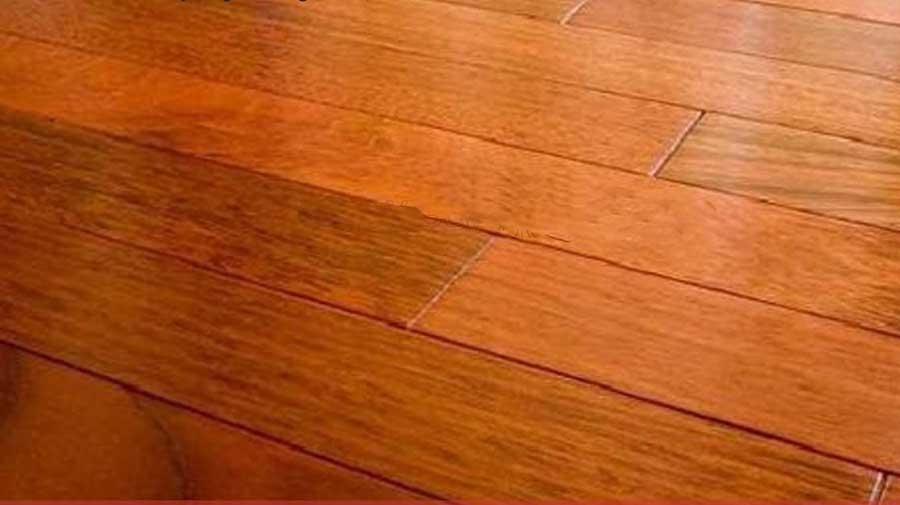 sàn gỗ màu nâu đỏ