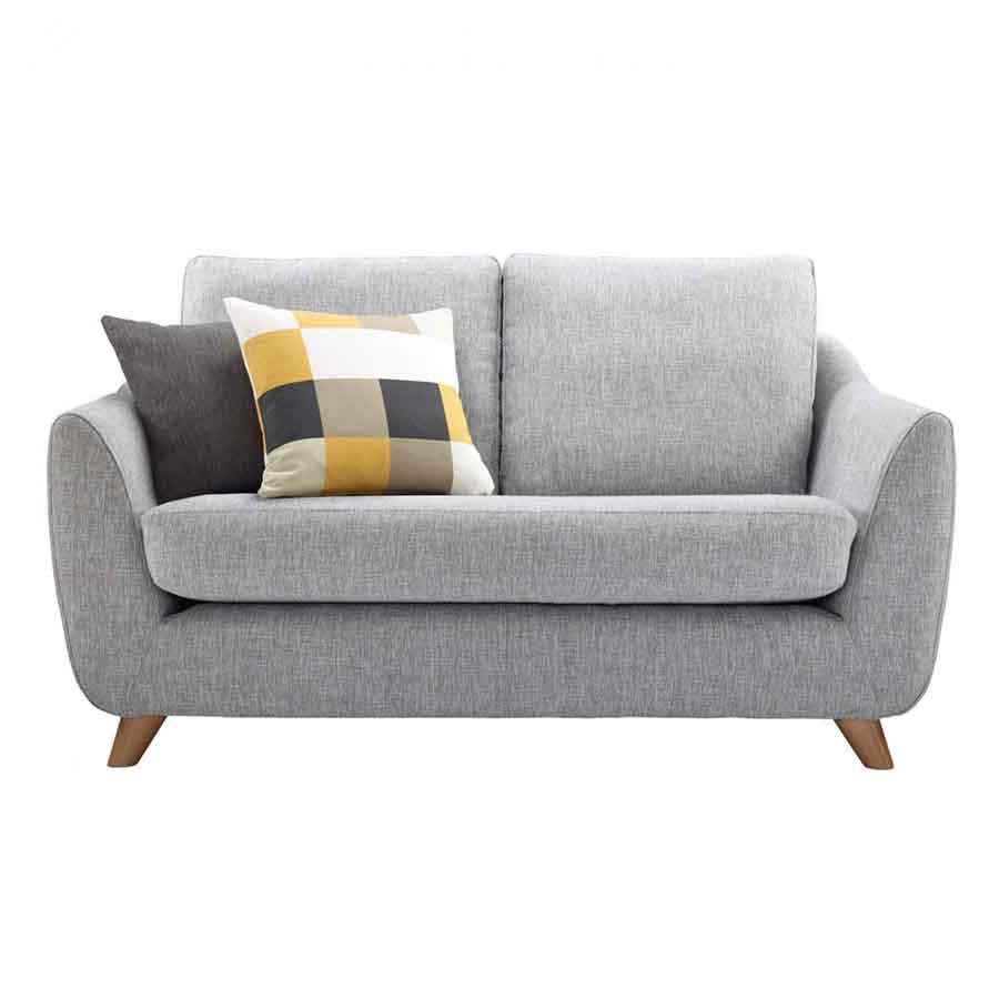sofa phòng khách nhỏ giá rẻ màu xám gối màu kẻ ô vàng nâu
